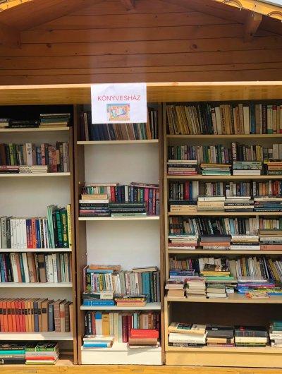 Könyvesház